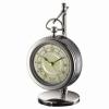 Часы на подставке