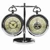Барометр и часы на подставке
